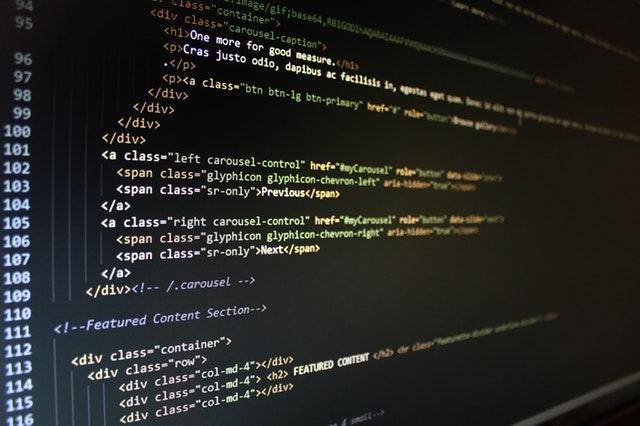 Práce na stavbě webu